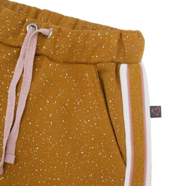 CR1 7440   AW19 Amanda Bukser til piger i Karry med glitterprint