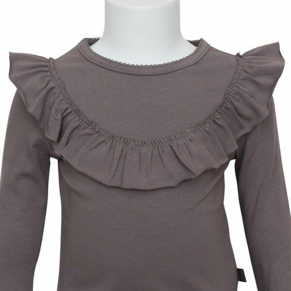 Grey frill blouse front | AW19 Koksgrå langærmet bluse med flæse