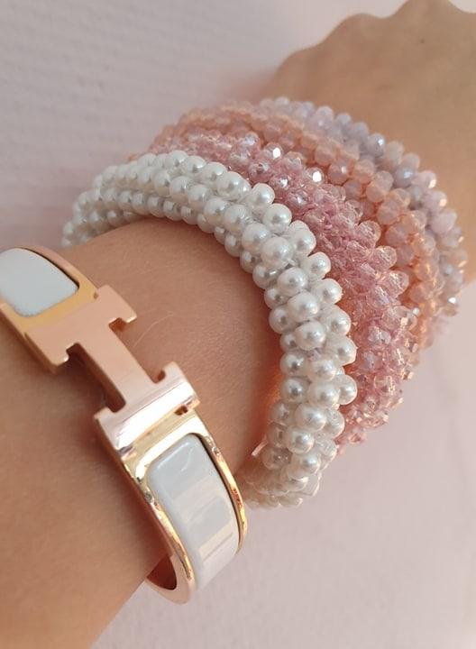 72776353 2450942635021830 4364201193853943808 n | Krystal hvidt LW glitter perle armbånd